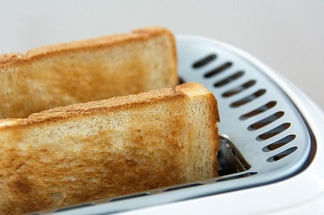 11 makanan murah untuk pelajar universiti, supaya tak perlu ikat perut lagi.