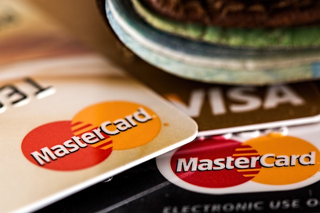 Jawab 5 soalan ini dan elakkan kewangan anda sengsara pasal kad kredit.