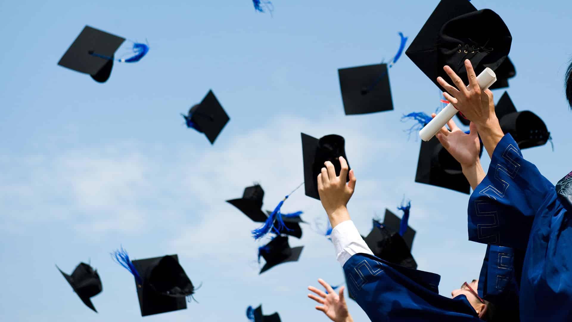 Tolong kongsikan idea tip-top ini kepada semua fresh graduate
