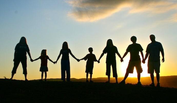 Bergabung satu keluarga, dan jana untung lebih RM270,000 lepas 10 tahun. Nak tahu caranya?