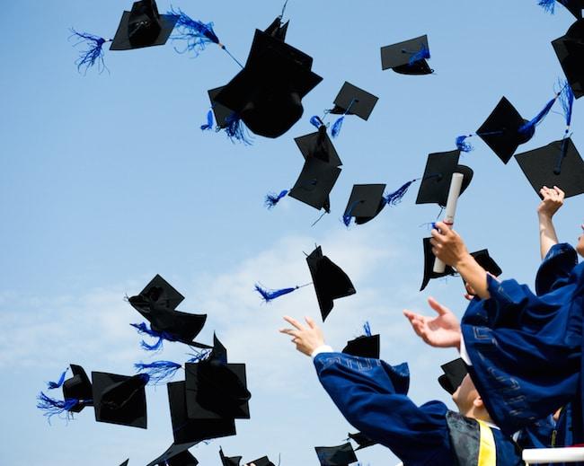 Fresh graduate ini buktikan tak mustahil beli 2 biji rumah lepas 10 bulan bekerja