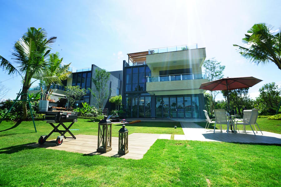 Forest City Golf Resort Villa – Luxury residential, complete with alluring views
